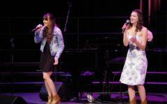 Love in the air during choir Romanza concert