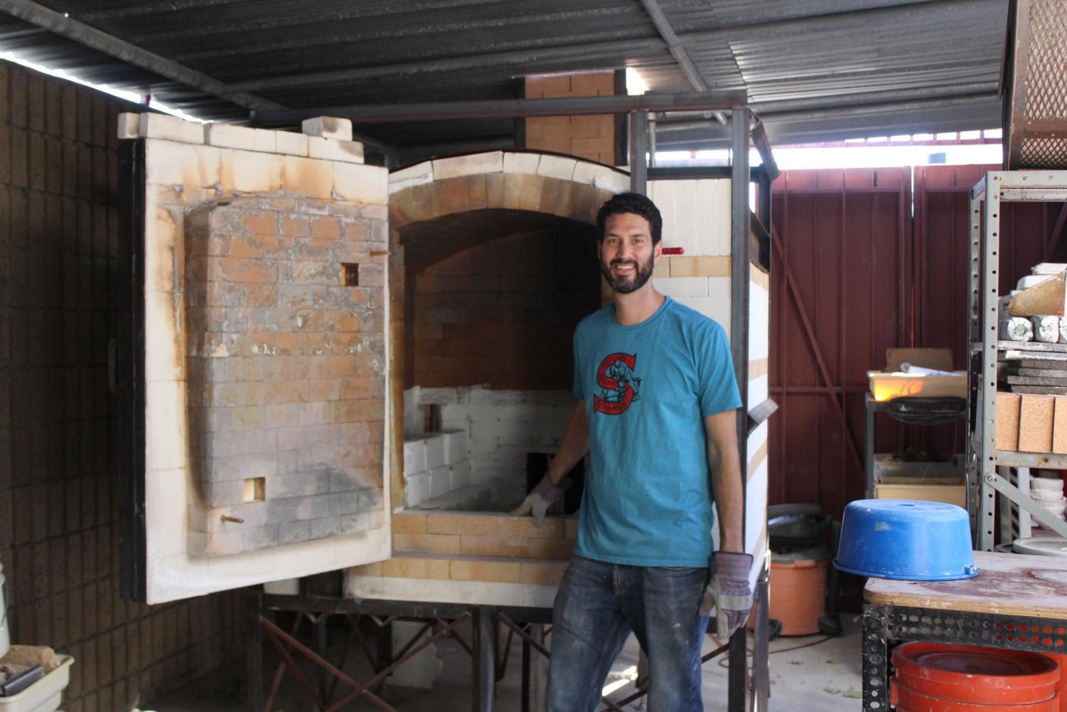 Kevin Kowalski, ceramics teacher, in collaboration with the Engineering and Manufacturing Academy has recently finished the build on the brand new ceramics kiln.