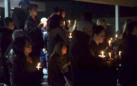 Candlelight Vigil Honors Plane Crash Victims
