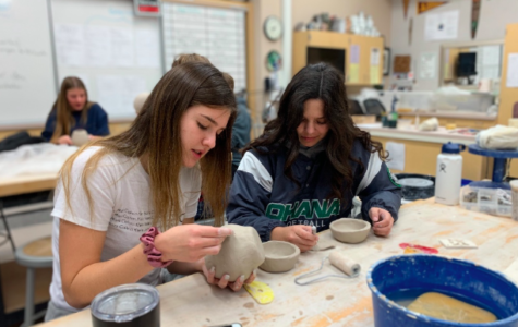 Ceramics Class Fires Up Creativity