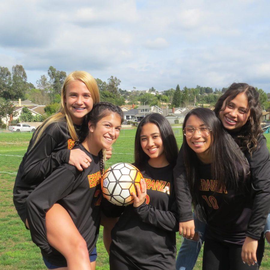 Kaitlyn Eckert, Kaylee Bhasin, Kayla Asmus, Jayden Ramirez, and Syra Valdez excited proud of their 1st place in league.