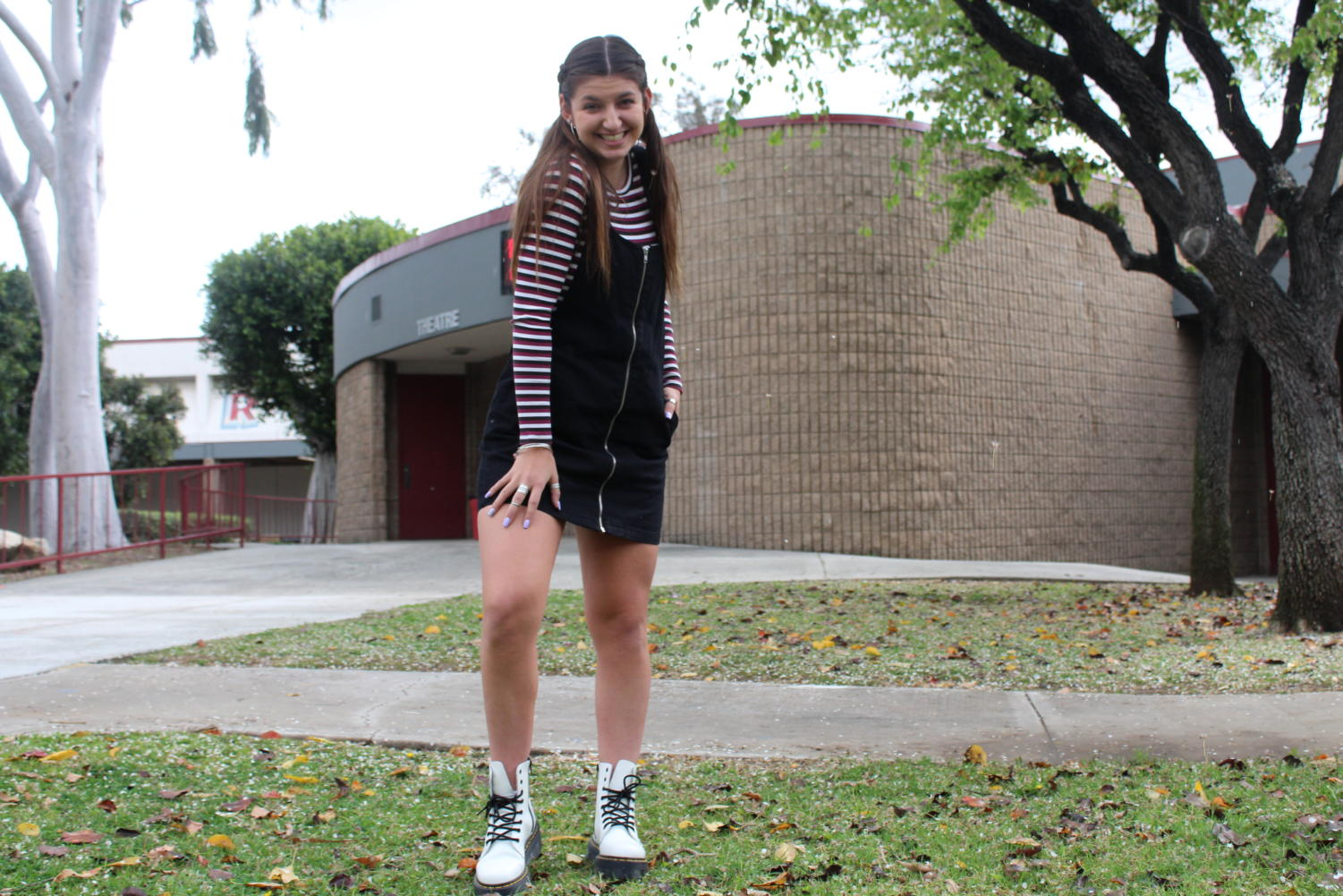 Chloe Masciale bringing back that 90's fashion with her Doc Martens.